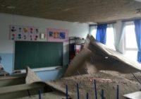 """Strašno:U Osnovnoj školi """"Hasan Kikić"""" se odlomio dio plafona"""