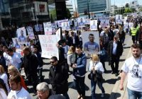 SARAJEVO:Građani koji traže pravdu za ubijenog Dženana Memića uručili zahtjev Skupštini KS